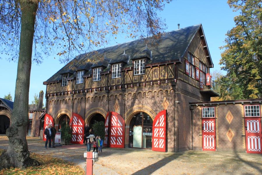 Kasteel De Haar: um lindo castelo na província de Utrecht na Holanda.
