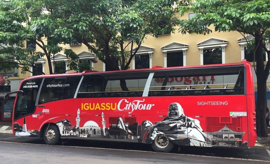 City tour em Foz de Iguaçu em um ônibus de 2 andares.