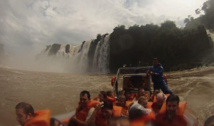 Macuco Safari no lado brasileiro das Cataratas do Iguaçu