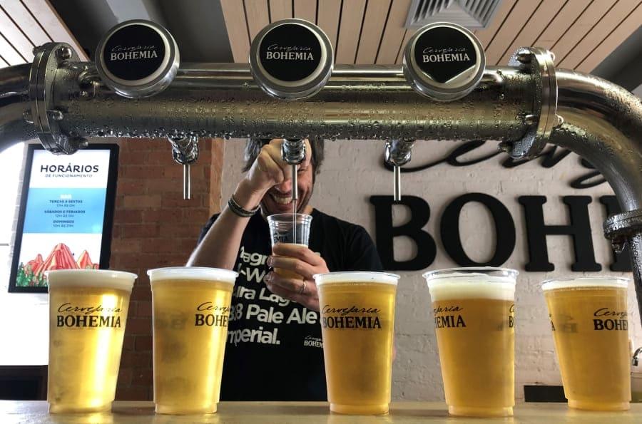 Chopp de boas-vindas na Cervejaria Bohemia