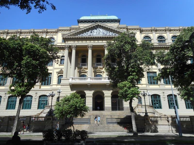 Tour do Teatro Riachuelo: Biblioteca Nacional