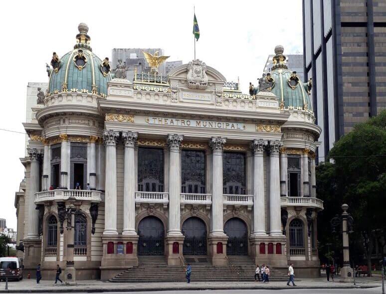 City Tour no Rio de Janeiro: Theatro Municipal.