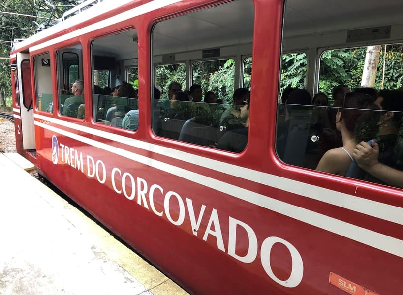 City Tour no Rio de Janeiro: Trem do Corcovado.