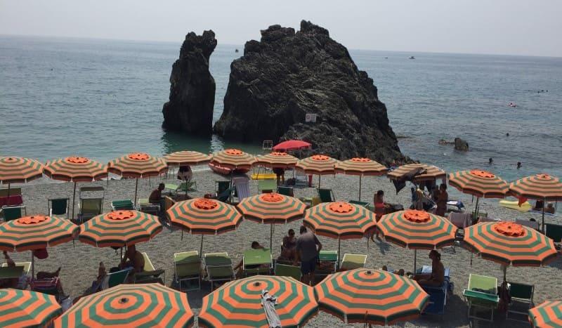 Cinque Terre a partir de La Spezia: praia de Monterosso al Mare