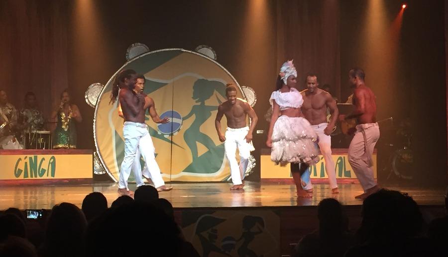 Ginga Tropical: Capoeira.