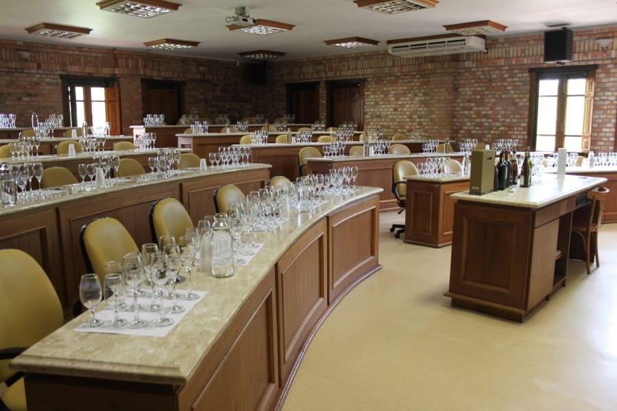 Minicurso de degustação da Vinícola Miolo - Escola do Vinho