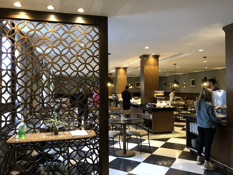 Restaurante Araucária localizado no Hotel Serra Nevada em Canela.