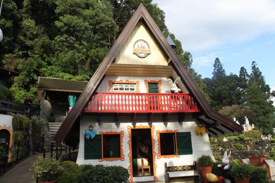 Casinha de bonecas do Mini Mundo em Gramado.
