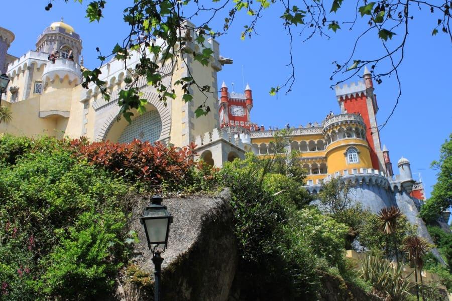 O Palácio da Pena é uma das principais atrações de Sintra.