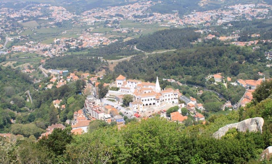 Vista panorâmica de Sintra do alto do Castelo dos Mouros.
