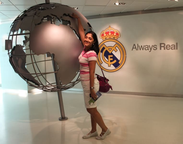 Estádio de futebol Santiago Bernabéu em Madri