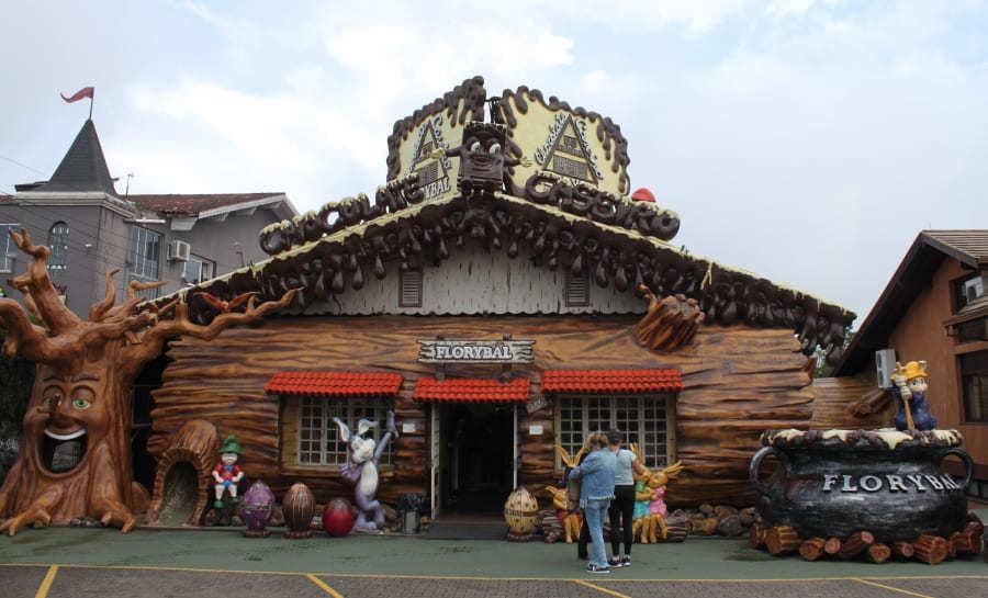 Loja de Chocolates temática Florybal em Gramado