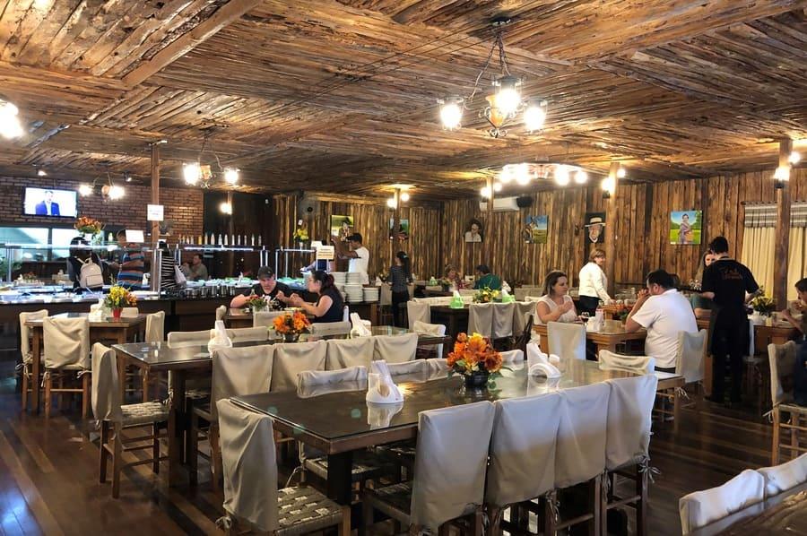 Restaurante Bella Gramado ótima opção para comer no centro de Gramado